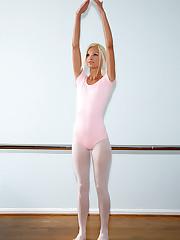 Ballerina Babe Franziska - 7/28/2009