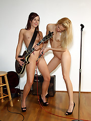 Franziska Spreads and Licks Maryjane Johnsons Pussy – 8/26/2011