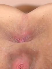 Amanda's Vaginal Discharge During Pee