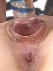 Amelia's Gaping Holes Closeup!