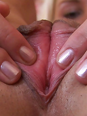 Amateur Jane Shows her Pussy and Asshole
